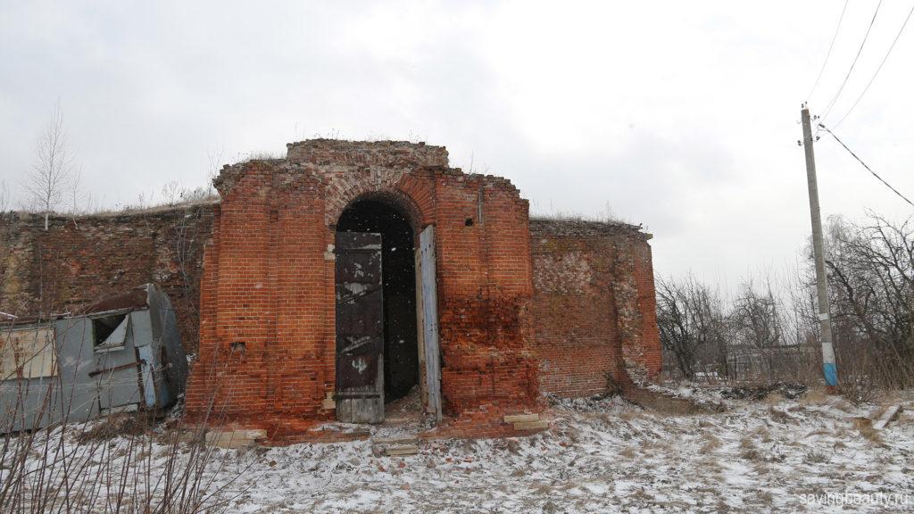 Архангельская церковь в Крутом