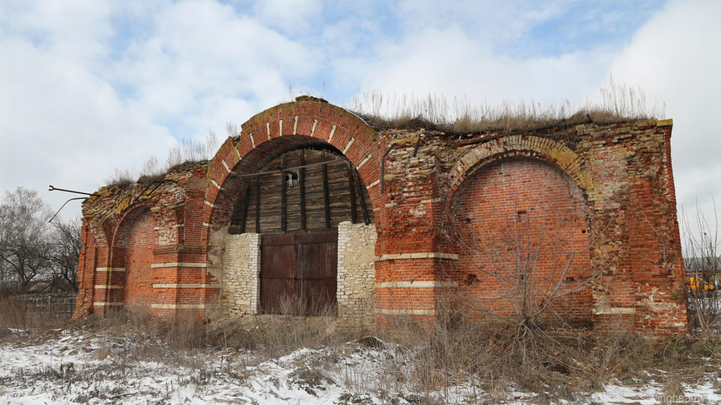 Церковь Архистратига Михаила в Крутом, Добровский район