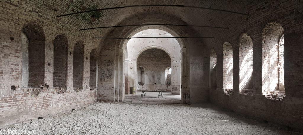 Геометрия и игра света и тени. Покровская церковь в Верхнем Брусланове