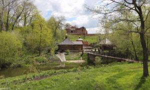 Вход в Петропавловский монастырь
